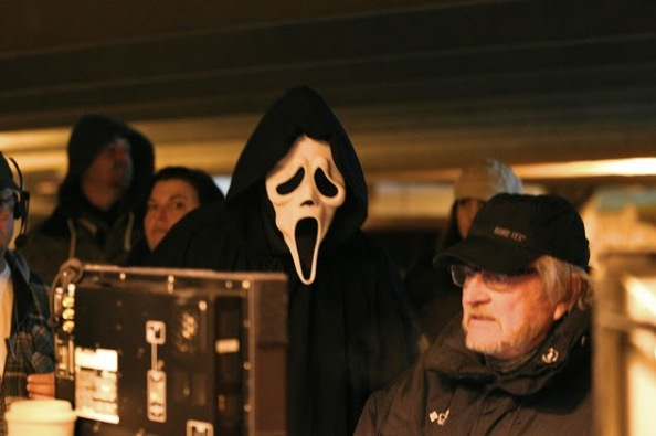 scream-ghostface-and-wes-craven